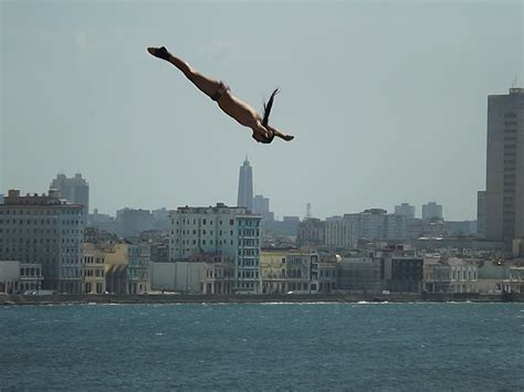 dive world cliff diving world series in cuba cliff diving world