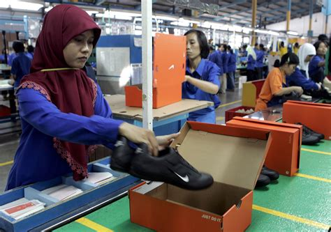 adidas indonesia career how nike shed its sweatshop image to dominate the shoe