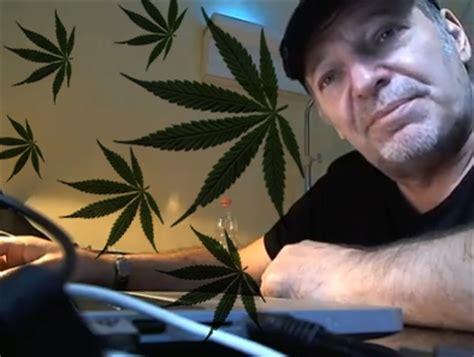 vasco droga vasco cattivo maestro perch 233 difende la marijuana
