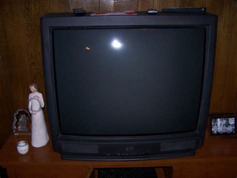 Tv Jvc 21 Inch 36 inch jvc tv for sale