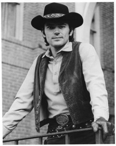Pictures & Photos of Pete Duel - IMDb
