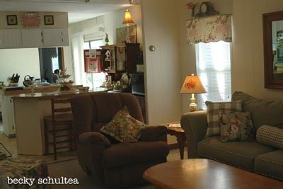 how to decorate a double wide mobile home inspiring illustrator s single wide mobile home makeover