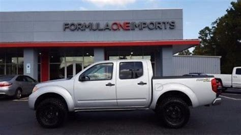 lifted silver nissan frontier 100 nissan frontier pro 4x lifted nissan frontier