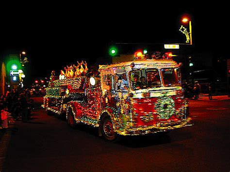 niantic light parade 2017 parade of lights in falls and buhl