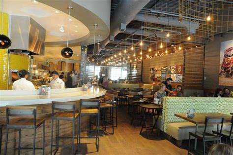 California Kitchen Design California Pizza Kitchen Launches New Model In The Woodlands Houston Chronicle