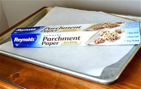 How To Make Parchment Paper For Baking - waxed paper vs parchment paper what you need to