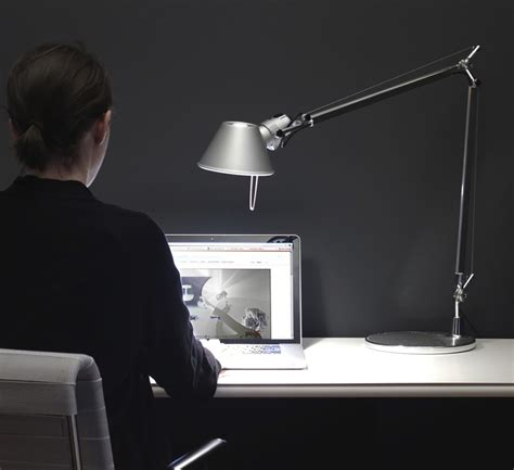 lat dimmable led desk l le 224 poser tolomeo table led aluminium dimmable