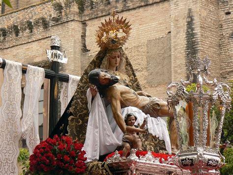 imagenes catolicas idolatria apologetica universal 191 son las procesiones idolatria