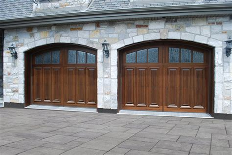 Wood Looking Garage Doors Wood Garage Doors Garage Living