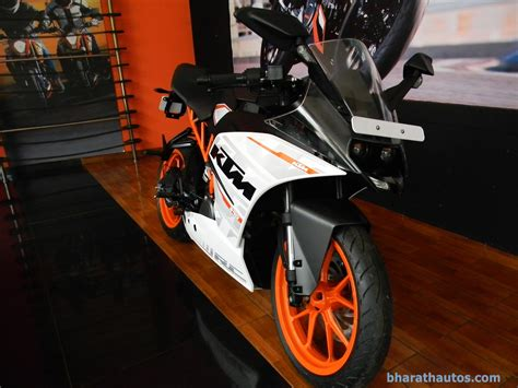 Ktm Made In India Ktm Launches India Made 390s In Us 300 Cheaper Than