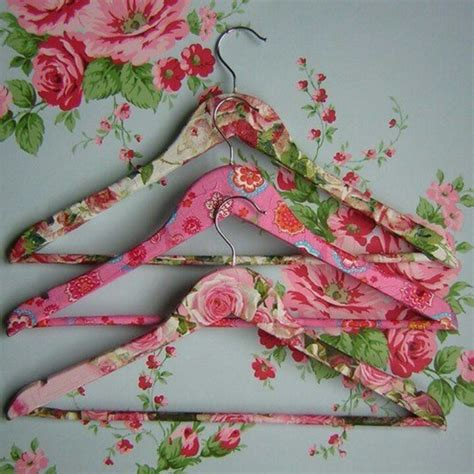 decoupage wooden hangers decoupage hangers to spice up your wardrobe