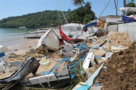 don t rock the boat advert phuket storm update 10 minutes was all it took to smash
