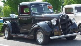 1938 1939 ford black pinstripe
