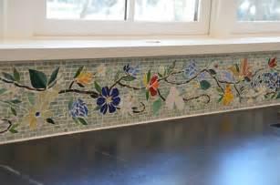 Floral mosaic border for kitchen designer glass mosaics