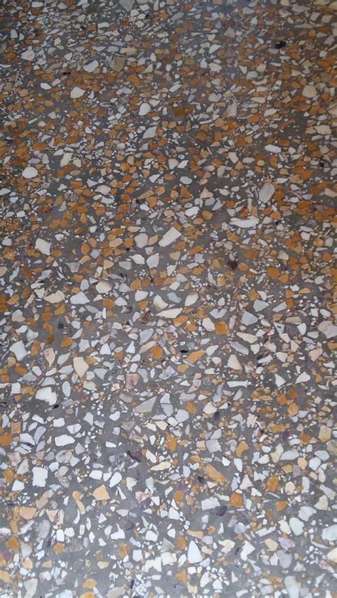 pavimento in marmettoni pavimento in graniglia e arredamento moderno