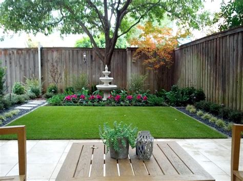 Backyard Ideas Artificial Grass 25 Best Ideas About Small Backyard Landscaping On