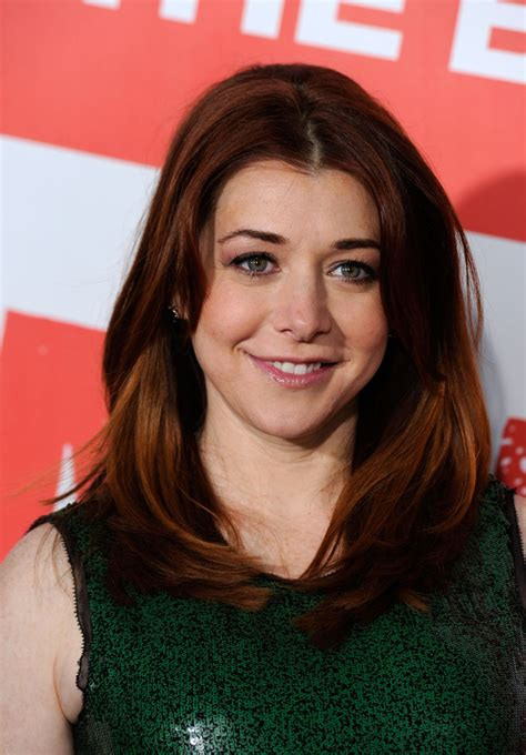 alyson hannigan alyson hannigan layered cut alyson hannigan hair looks