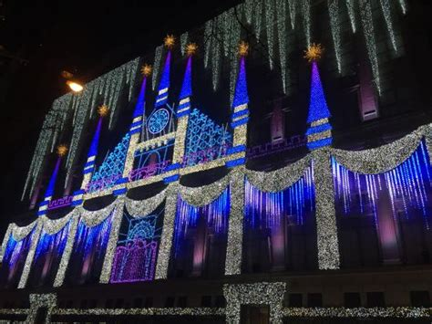 Saks Light Show by Saks 5th Avenue Light Show Picture Of The Rink