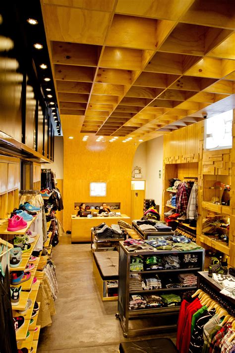 dc shoes concept store  mf architectural lima