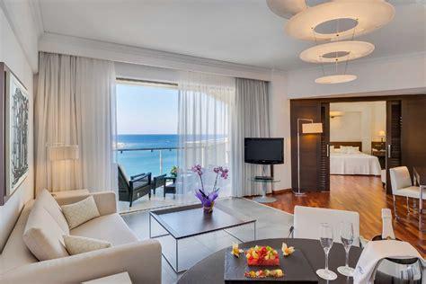 elite club suite sea view