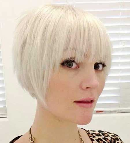 very short hairstyles with fringesport short hairstyles with bangs short hairstyle bob