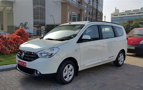 renault lodgy renault lodgy features specifications announced