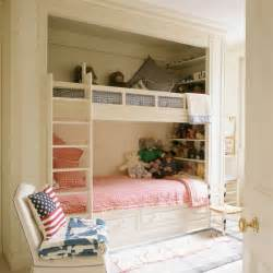 small kids bedroom plenty