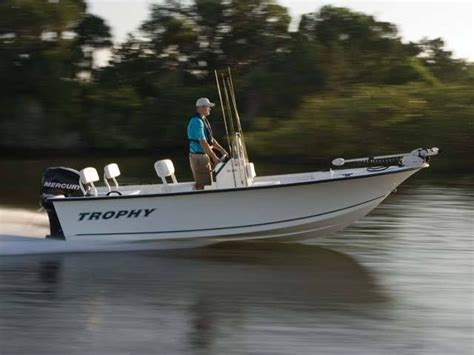 trophy boats new new 2010 trophy boats 181 bay boat center console boat