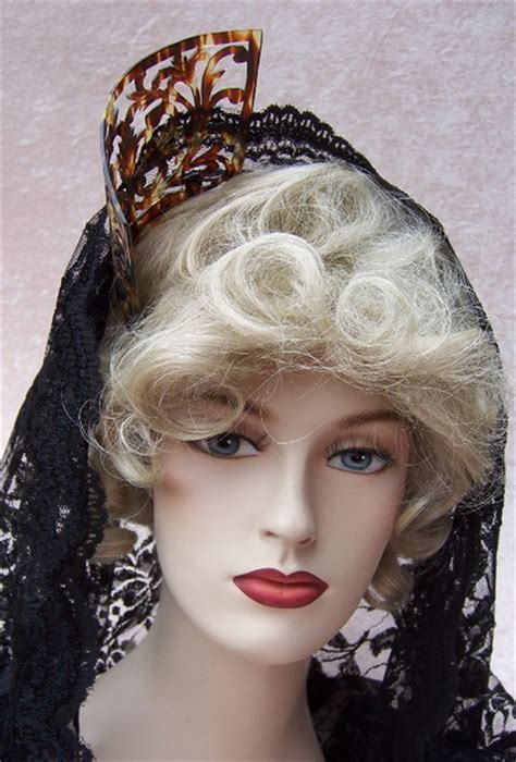 spanish mantilla comb hairstyles mantilla and combs hairstyle gallery