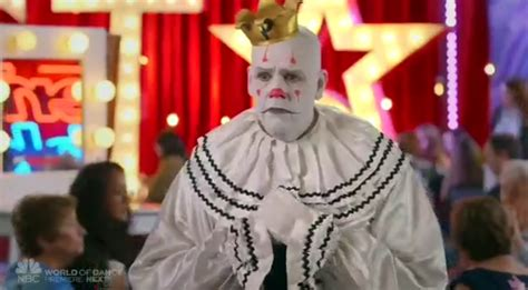 Who Sings Chandelier Sad Clown Puddles Pity Party Sings Quot Chandelier Quot On America