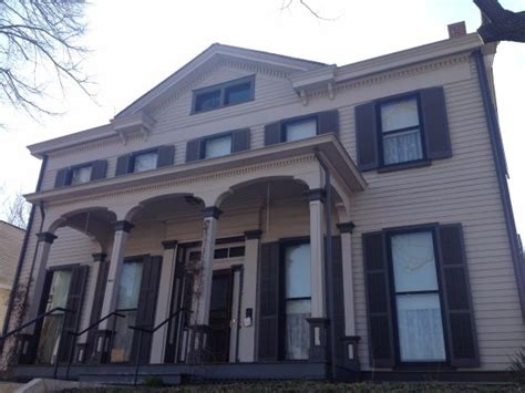 lindsay drew 5th east home complete the top 10 things to do near executive mansion springfield