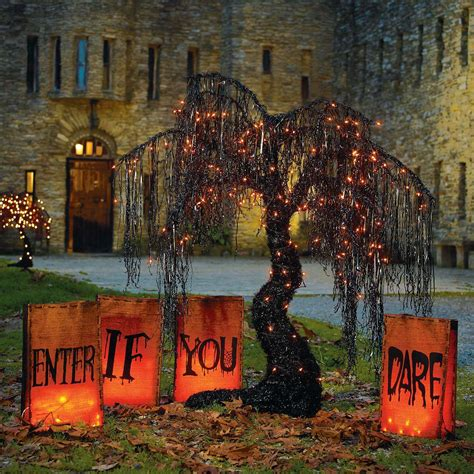 outdoor decorations 50 best diy halloween outdoor decorations for 2016