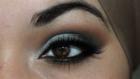 Eyeshadow Silver makeup for brown tutorials and ideas