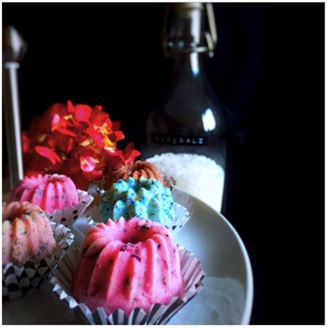 diy geschenkidee selbst gemachte badekugeln eat blog love