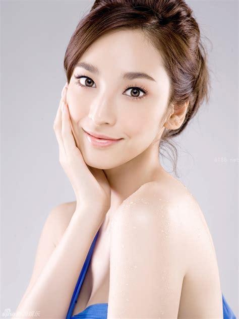 the cover featuring the lovely chinese model shu pei qin 吴亚馨卷入李宗瑞事件 揭台湾 甜心帮 私密成员 新闻中心 中国网
