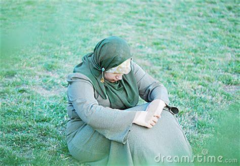 sad  muslim women stock  image
