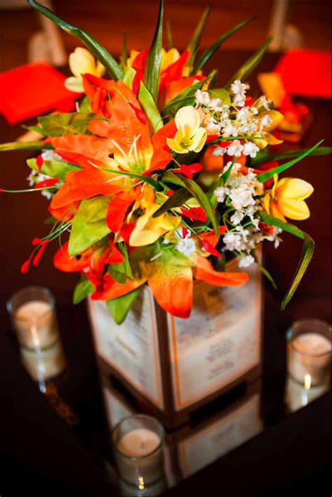 fall flowers centerpieces seasonal fall flowers wedding centerpieces the wedding specialists