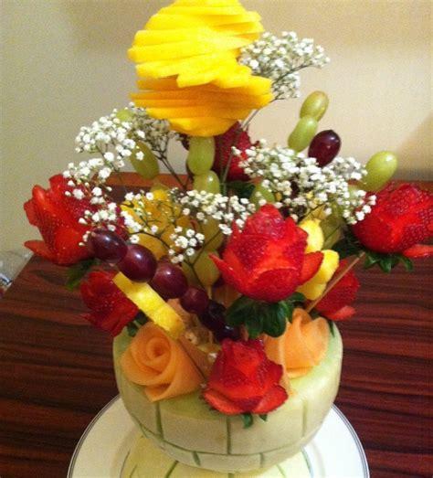 como hacer decoraciones para mesas de frutas como hacer centros de mesa con flores y frutas 161