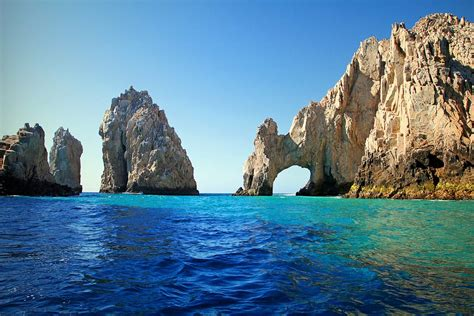 Cancun, Puerto Vallarta or Los Cabos? The Best Place In Mexico To Get Married Is