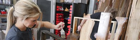 schedule learn woodworking classes lessons