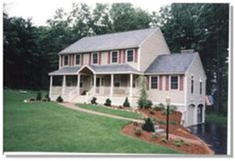 Colonial House With Farmers Porch by 1000 Images About Entry Way Farmers Porch Porticos On