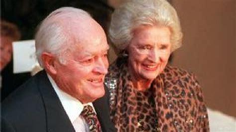 dolores hope wife of bob hope dies at 102 ctv news delores hope wife of bob hope dies at 102 wjla