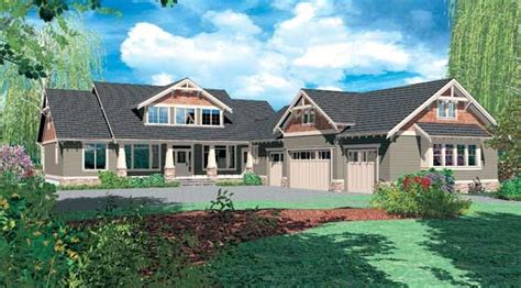 leesville house plan   shaped house plan