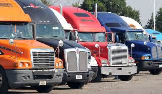 Semi truck accident lawyers american injury attorney group