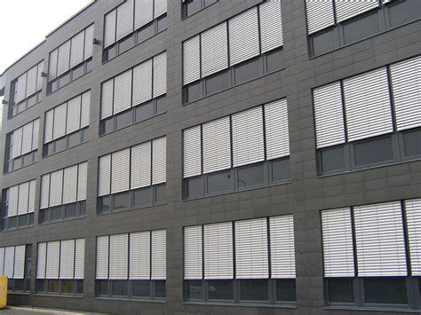 persiane per esterni persiane in alluminio per esterni cetta 80 isotra