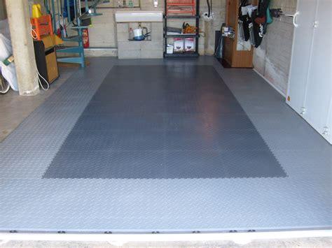 bodenbelag garage pvc bricoflor a versatile flooring alternative for the garage