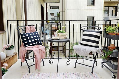 muebles para balcon muebles bonitos para el balc 243 n o la terraza moderna