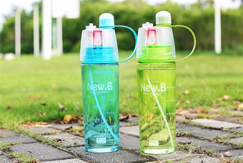 New B 600ml Portable Outdoor Cycling Spray Water Bottle Berkualitas new creative spray water bottle portable atomizing bottles