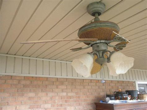 can you replace ceiling fan blades broken blades