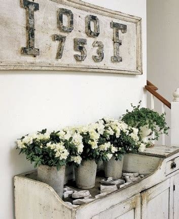 shabby chic vintage home decor the magnolia mom joanna gaines decor i love